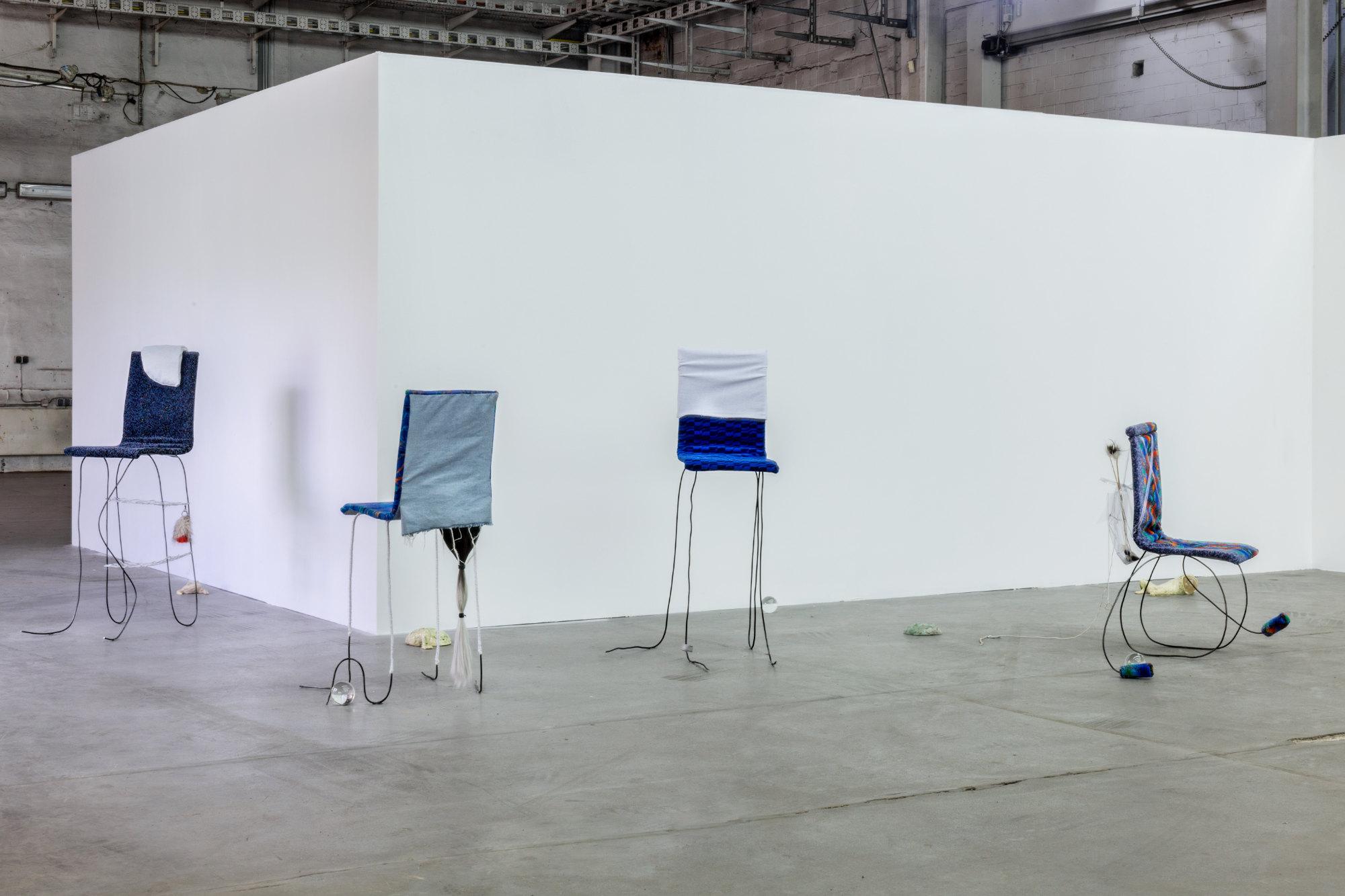 <p>Installationsansicht Nina Wiesnagrotzki, Foto: Anastasia Muna</p>