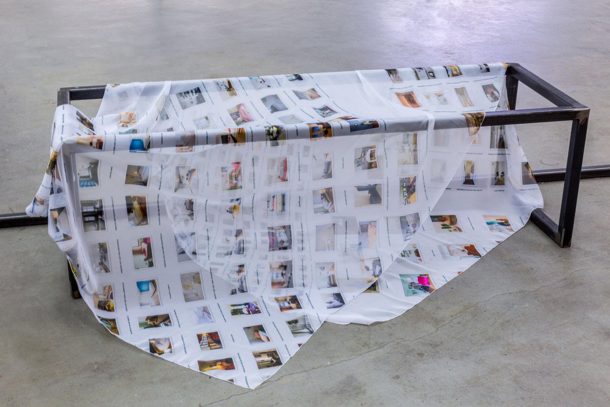 <p>Installationsansicht Lorenzo Sandoval, Foto: Anastasia Muna</p>